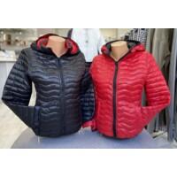 Kétoldalas steppelt kabát piros-fekete